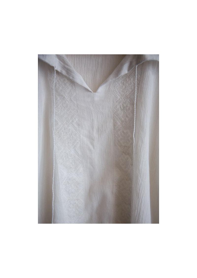 La blouse roumaine traditionnelle pour homme