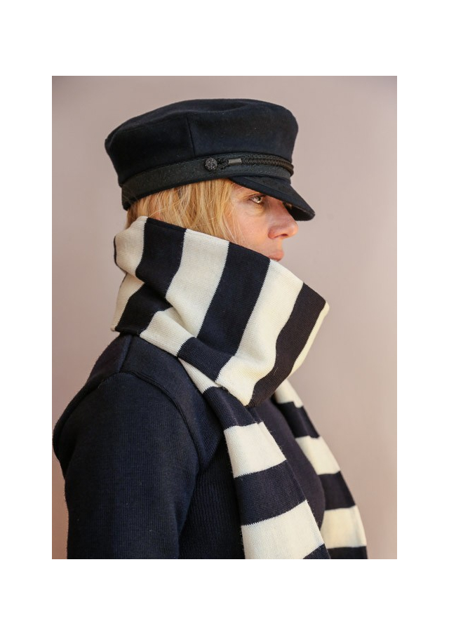 L'écharpe double en laine du marin