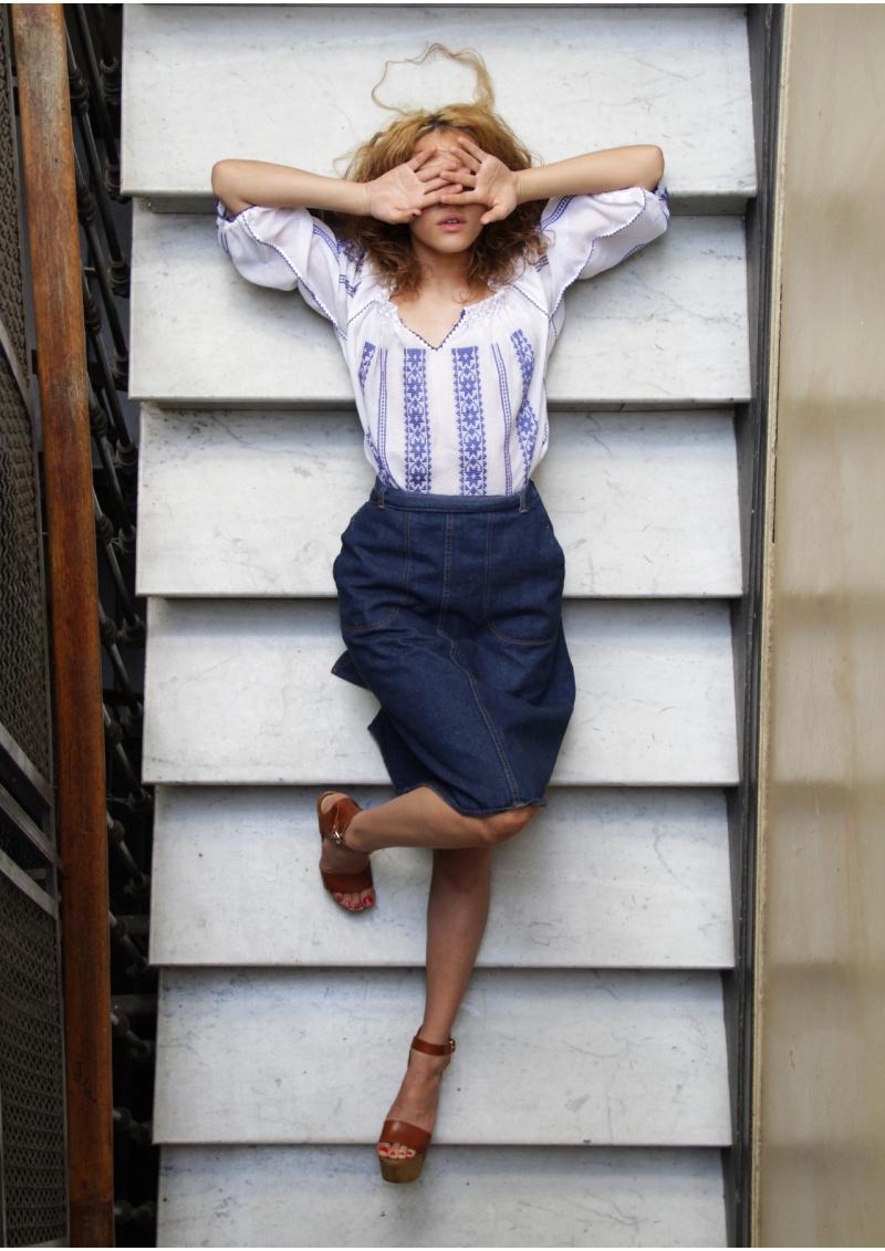 La blouse roumaine traditionnelle tissée-main