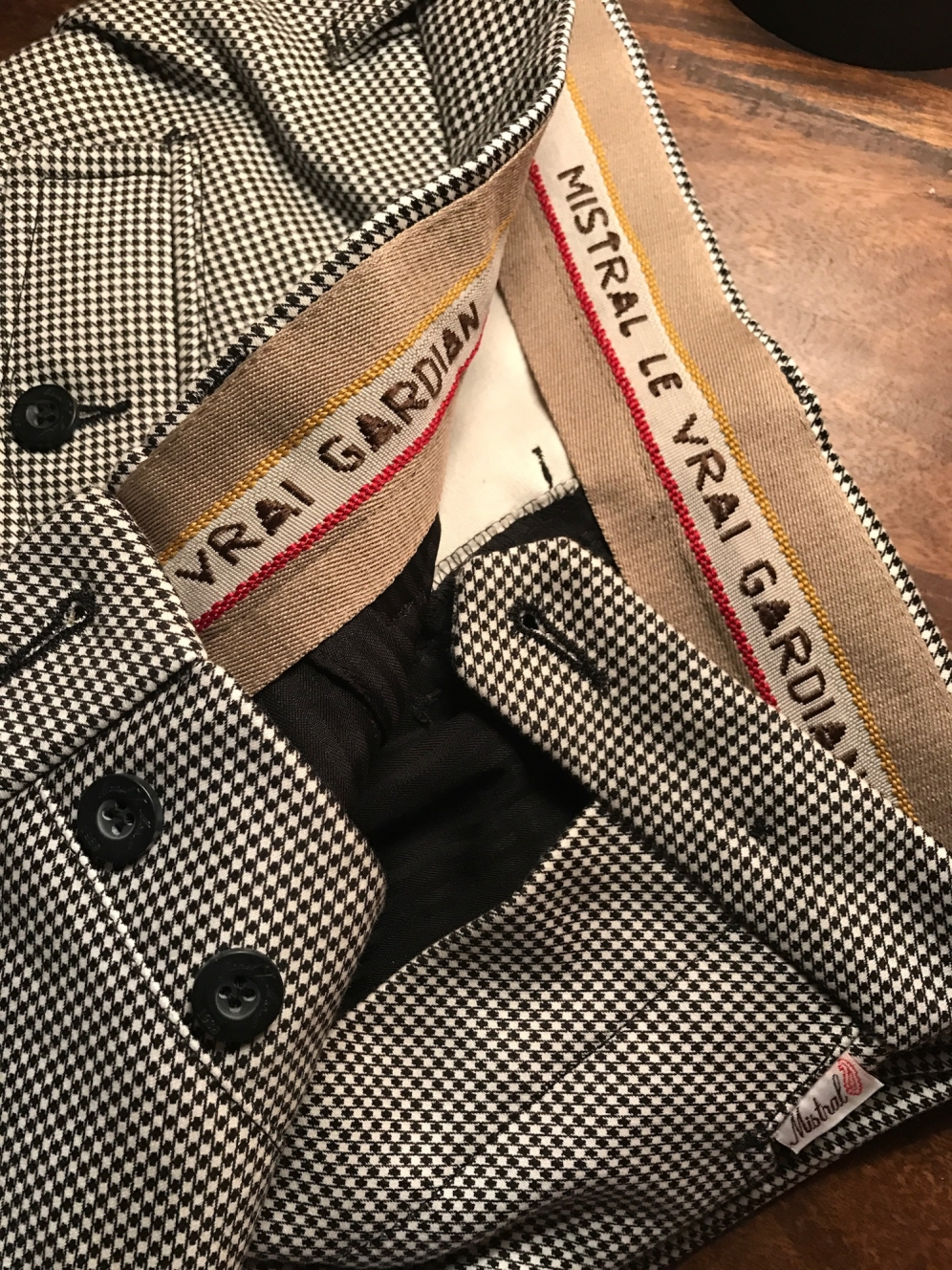 GENUINE GARDIAN TROUSERS - DeToujours.com c5efa3ce941