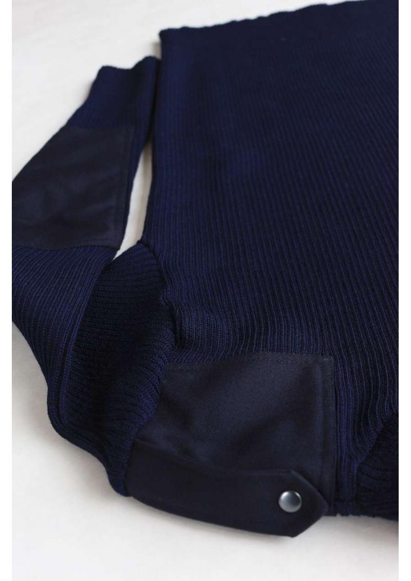 Le pull renforcé d'officier de la marine