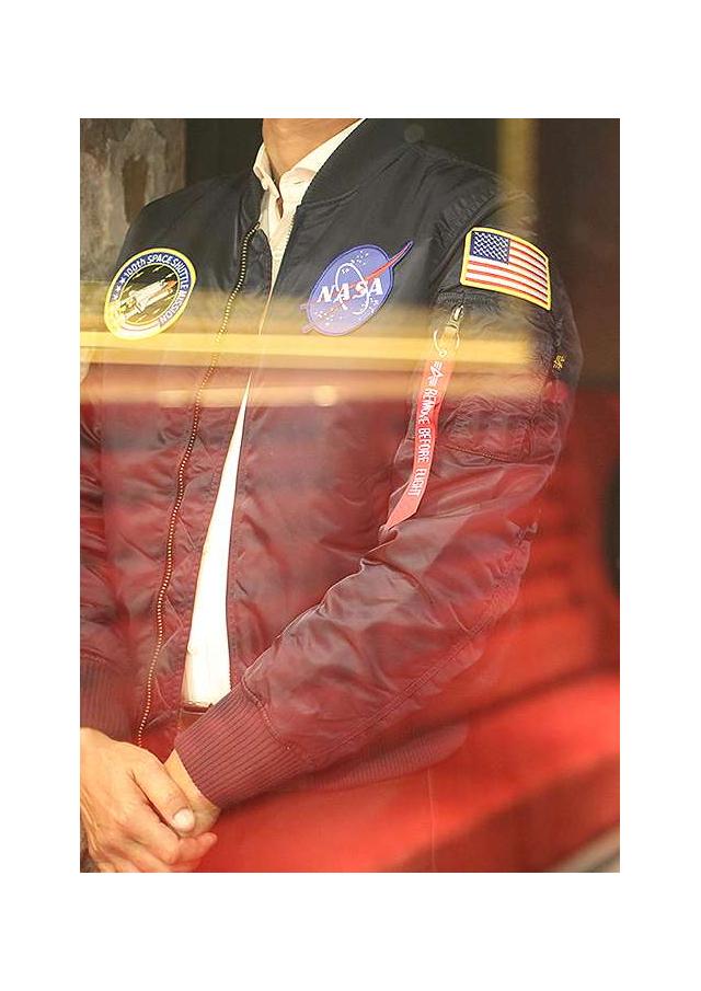 Le bombers de la NASA,  MA-1