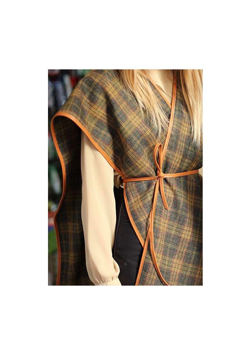 HUNTING PONCHO IN TWEED AND LEATHER