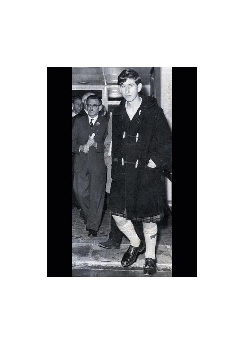 Le duffle-coat anglais aux attaches de bois, zipé