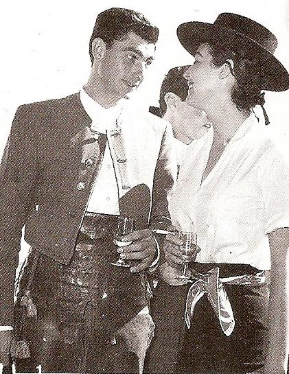 deToujours - Ava Gardner 1963 en chapeau andalou