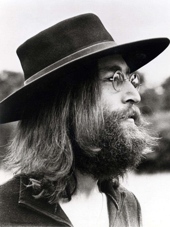 deToujours - John Lennon en chapeau andalou